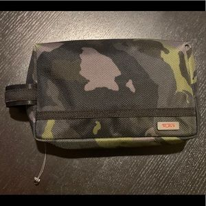 Tumi Camouflage Zipper Toiletry Travel Bag Pouch
